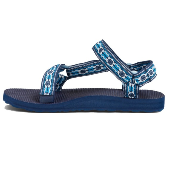 175c0f32ac6808 TEVA Original Universal Sandals in Monterey Blue. M 5abd192850687c3613411ac0